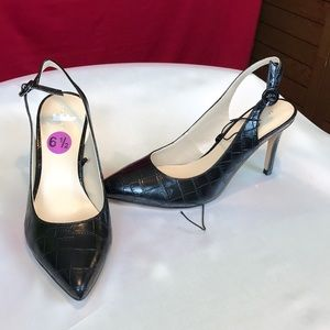 New Marc Fisher Black Heels size 6.5